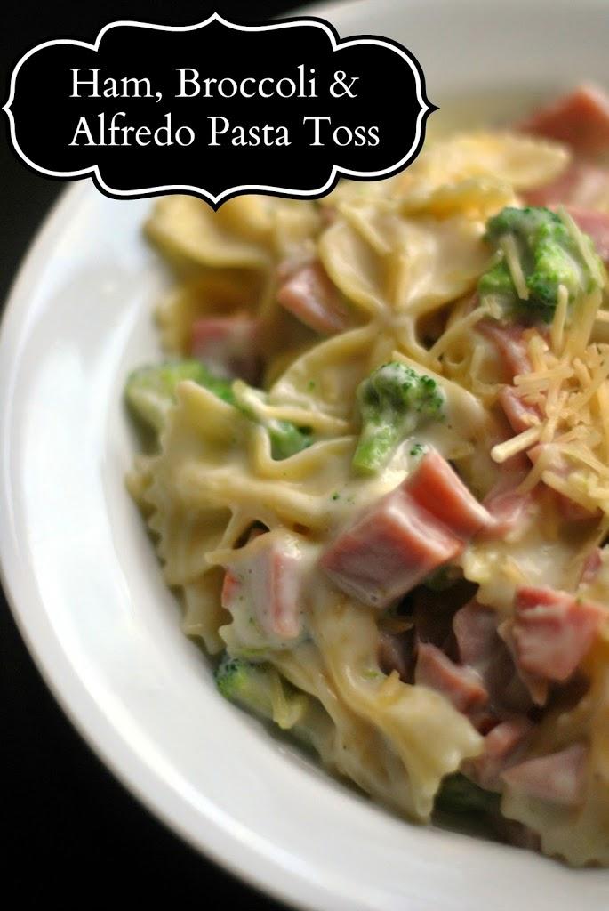 5 Ingredient Ham, Broccoli & Alfredo Pasta Toss