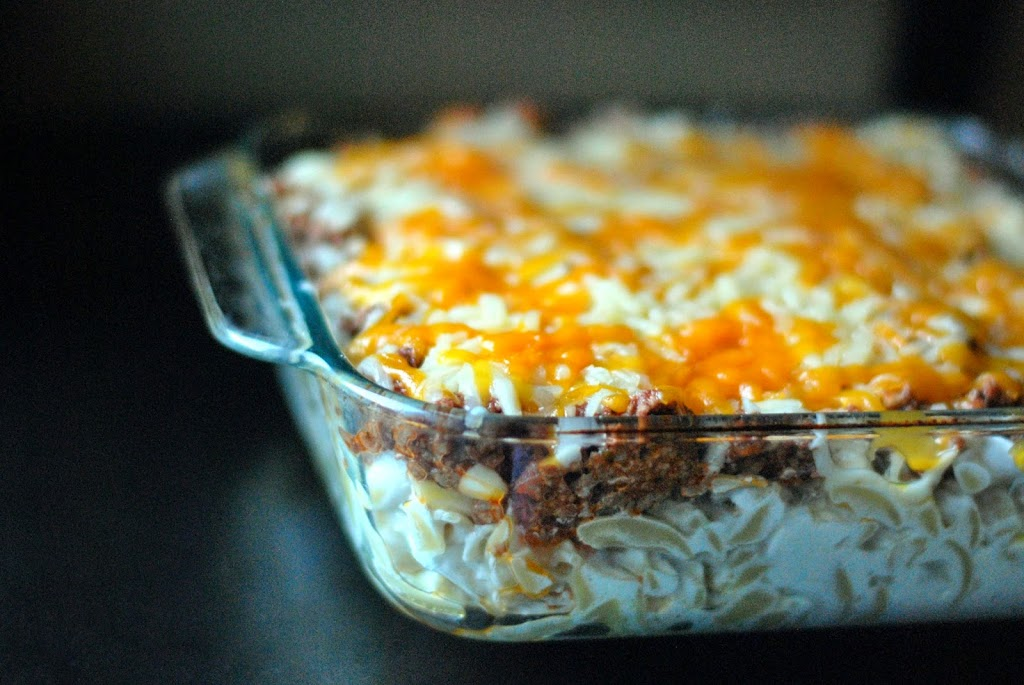 Sour Cream Noodle Bake - Aunt Bee's Recipes